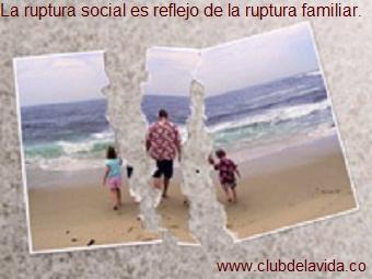 ATAQUES CONTRA LA FAMILIA